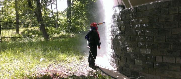 Vyčištění povrchu od graffiti Kuřim